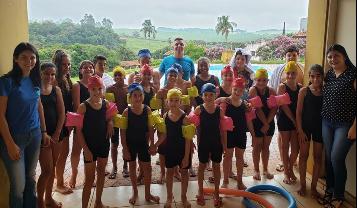 Projeto Espaço Amigo inicia aulas de natação!